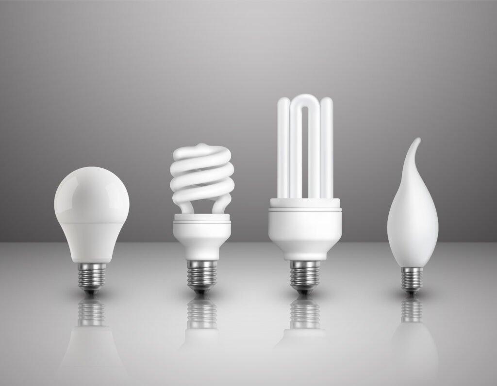 Vier soorten lampen op een rij met ieders een ander soort fitting